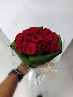 Buque Elegance Com 20 Rosas Estilo Europeu