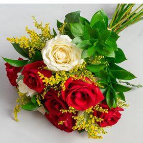 Buquê 8 rosas de duas cores