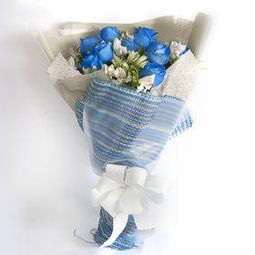 Ramalhete de 10 rosas azuis