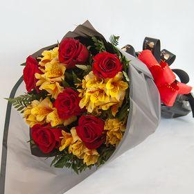 Buquê 06 Rosas Vermelhas