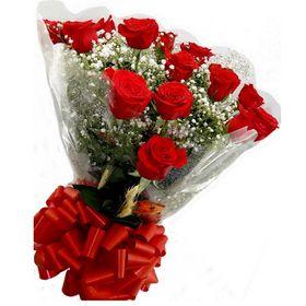 Buquê 15 Rosas Vermelhas om Gypsofila