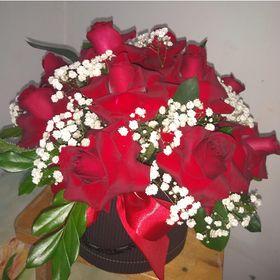 Box 12 Rosas Vermelhas