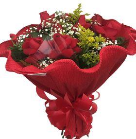 Buquê Amour com 12 Rosas Importadas