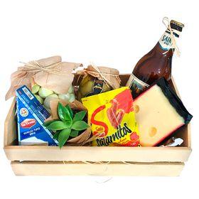 Caixa com Cerveja Artesanal e petiscos