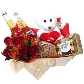 Kit Pelúcia, rosas, chocolate e cervejas