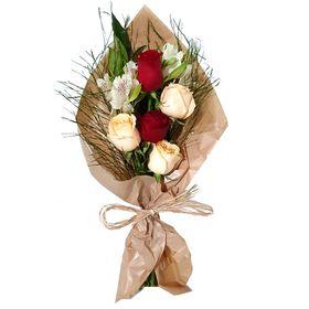 Buquê estilo Europeu com 5 rosas