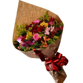 Buquê 15 Flores mistas e coloridas