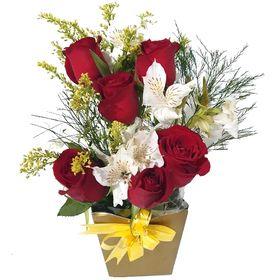 Arranjo com 6 rosas vermelhas