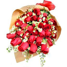 Buquê 36 rosas Vermelhas e Aster