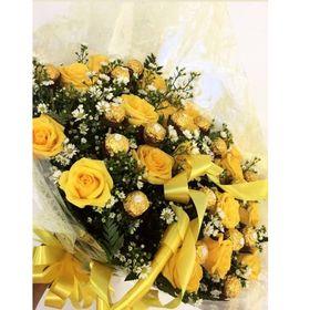 Buquê 18 Rosas Amarelas e 18 Ferrero