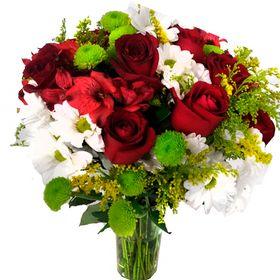 Arranjo misto com rosas
