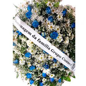 Coroa com rosas azuis