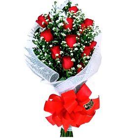 Buquê Estilo Europeu 12 Rosas Vermelhas