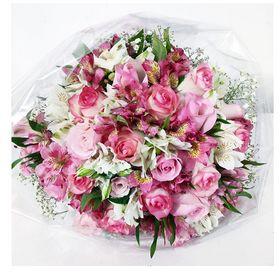 Buquê 12 Rosas e Astromelias