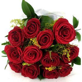 Buquê 12 Rosas e Tangos
