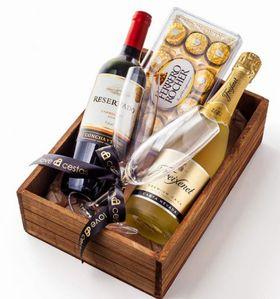Caixa Vinho Chileno e Espumante Especial, Chocolate de 12 e duas taças