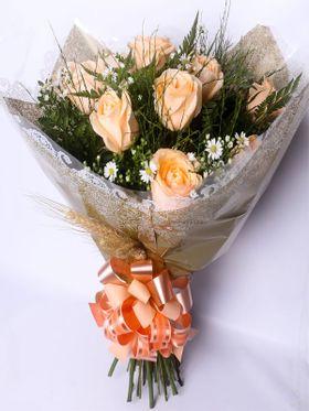 Buque 07 Rosas Champanhe Parabéns