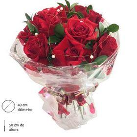 Buquê de 10 rosas MAGNIFIQUE
