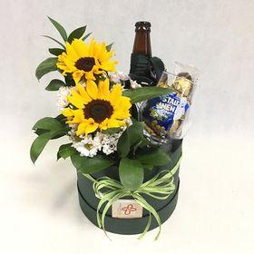 Box happy hour com girassóis cerveja e delicias