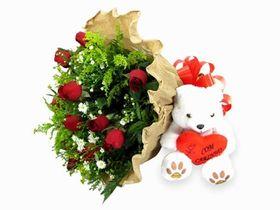 Arranjo Fica Comigo para sempre com rosas