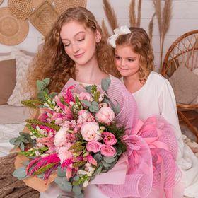 Buquê com 40 hastes de flores NOBRES em tons de rosa