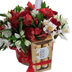 Box com rosas, astromelias e  chocolates