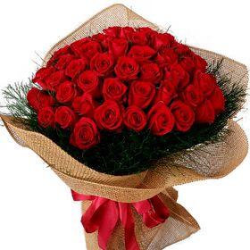 Buquê 100 Rosas Vermelhas