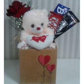 Caixa com Rosa, Urso e Chocolates